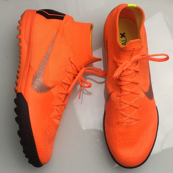 cheap for discount 984cd bddba Nike Mercurial X Superfly 6 Elite Indoor Soccer
